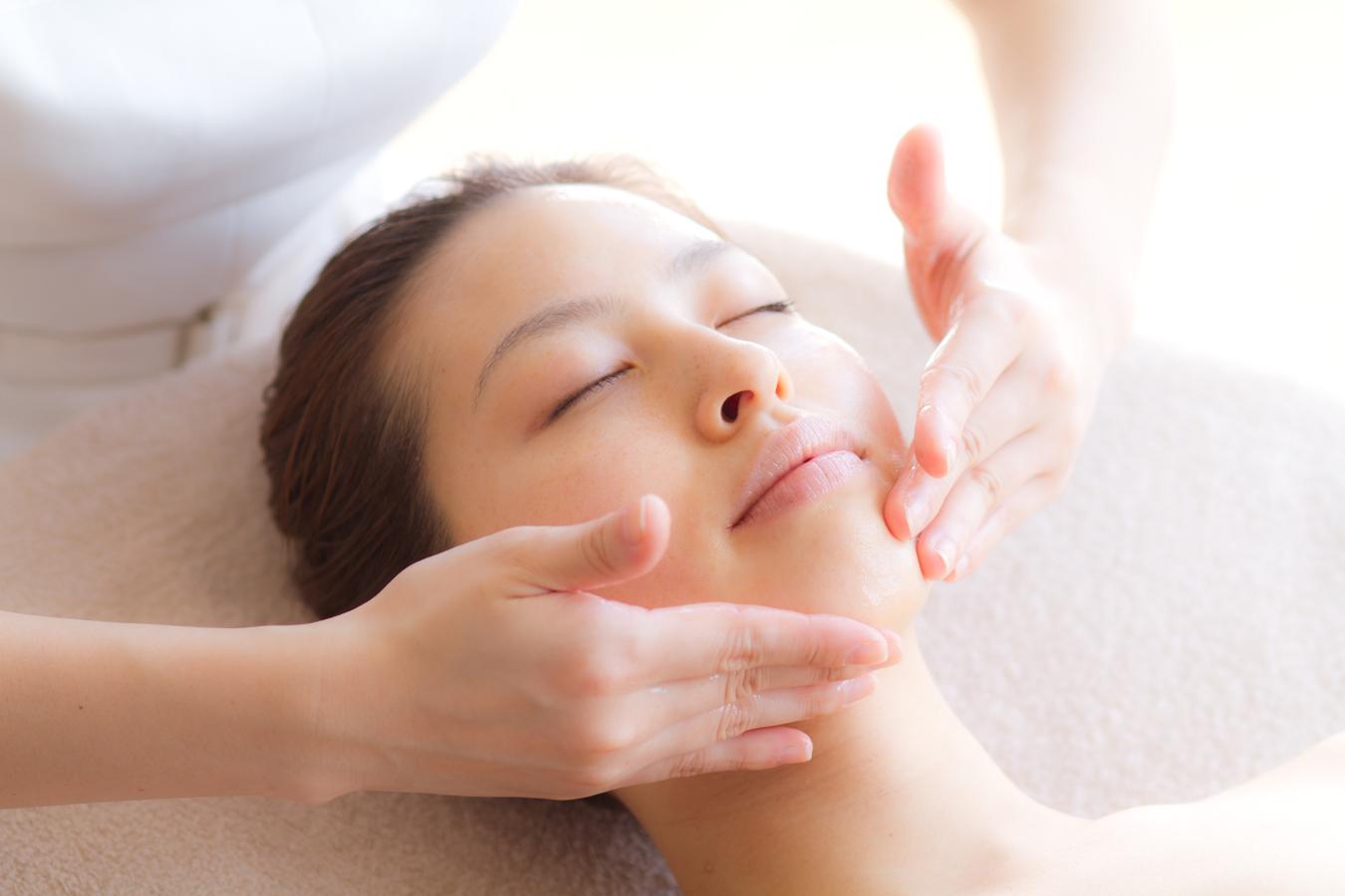 Dr.Recella 美肌プログラム 透輝肌ケア